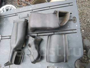 Патрубок воздухозаборника. Toyota Land Cruiser, FJ80, FJ80G Двигатель 3FE