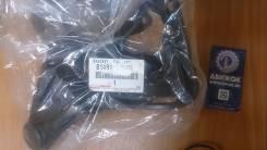 Кронштейн правой противотуманной фары Toyota 8148126070