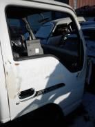Дверь боковая. Isuzu Elf, AKR66E Nissan Atlas Двигатель 4HF1