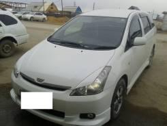 Накладка на фару. Toyota Wish