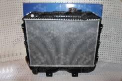 Радиатор охлаждения двигателя. УАЗ 469 УАЗ Буханка, 3741