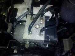Блок abs. Nissan Terrano, TR50, LR50, PR50, LVR50, RR50, LUR50 Двигатели: ZD30DDTI, TD27TI, QD32ETI, VG33E, QD32TI, TD27ETI