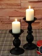 Свечи и подсвечники.