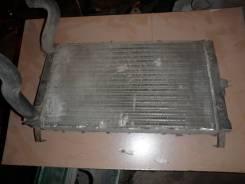 Радиатор охлаждения двигателя. Volkswagen Scirocco