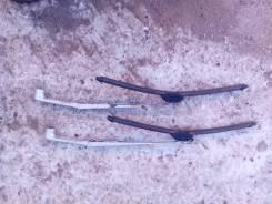 Держатель щетки стеклоочистителя. Mitsubishi Pajero, V46W, V46V, V46WG