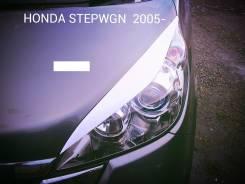 Накладка на фару. Honda Stepwgn