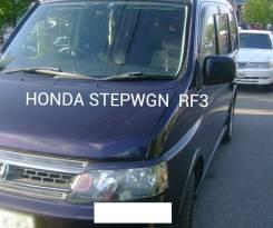 Накладка на фару. Honda Stepwgn, RF3