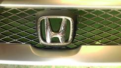 Эмблема. Honda Stepwgn