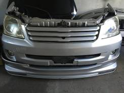 Радиатор охлаждения двигателя. Toyota Noah, AZR60 Двигатель 1AZFSE