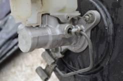 Цилиндр главный тормозной. Toyota Camry, GSV40 Двигатель 2GRFE