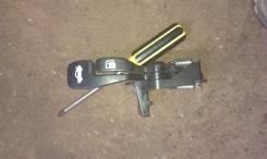 Ручка открывания бензобака. Toyota Carina