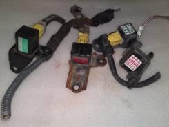 Датчик airbag. Toyota Crown, JKS175, GS151H, JZS171, GS151, JZS175W, JZS171W, JZS173W, JZS157, JZS179, JZS155, JZS177, JZS153, JZS175, JZS151, JZS173...