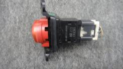 Кнопка включения аварийной сигнализации. Nissan Tino, HV10, V10, PV10