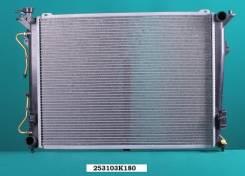 Радиатор охлаждения двигателя. Hyundai Grandeur Hyundai Sonata Hyundai NF