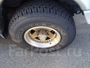 Продам шины на дисках. x16