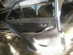 Обшивка двери. Toyota Allion, ZRT260, NZT260, ZRT261