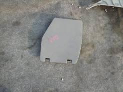 Лючок кармана в багажнике