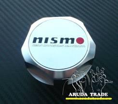 Крышка маслозаливной горловины. Nissan