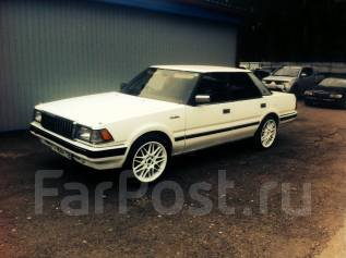 Toyota Crown. GS121