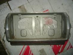 Вставка багажника. Toyota Crown, GS131, GS131H Двигатель 1GFE