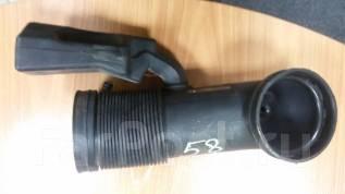 Патрубок воздухозаборника. BMW 5-Series, E39 BMW X5 Двигатели: M62B44T, M62B35, M62B44, M62B35T