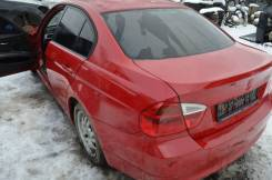 Задняя часть автомобиля. BMW 3-Series, E90