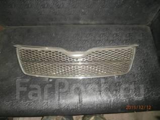 Решетка радиатора. Toyota Corolla, ZZE123L, NZE124, NZE121, ZZE121L, ZZE120, NDE120, CDE120, ZZE124, ZZE121, ZZE122, NZE120, ZZE120L, CE121 Двигатели...