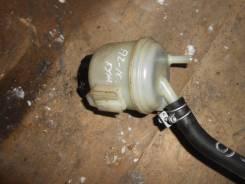 Бачок гидроусилителя руля. Nissan Cube, AZ10 Двигатель CGA3DE