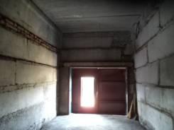 Боксы гаражные. улица Сахалинская 57, р-н Тихая, 28 кв.м., электричество, подвал. Вид изнутри