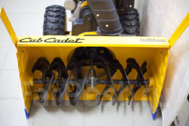 Снегоуборочная машина Cub Cadet