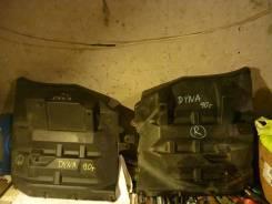 """Крылья передние пластмассовые (сзади кабины) м/г """"T-DYNA"""", """"T-Toyoace"""". Toyota Toyoace Toyota Dyna"""
