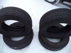 Goodyear Assurance ArmorGrip. Зимние, без шипов, 2012 год, износ: 40%, 4 шт
