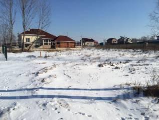 Продам участок в коттеджном поселке ( Золотая Империя ). 1 000 кв.м., собственность, электричество, вода, от частного лица (собственник)