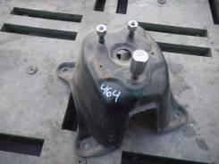 Крепление запасного колеса. Suzuki Escudo, TD54W, TD94W