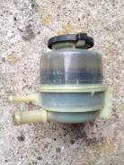 Бачок гидроусилителя руля. Toyota Camry, ACV40