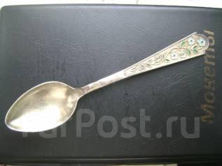 Ложка чайная серебро 875 серебряная с эмалью . Оригинал