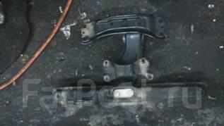 Балка под кпп. Subaru Forester, SF5