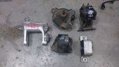 Подушка двигателя. Honda CR-V, RD7