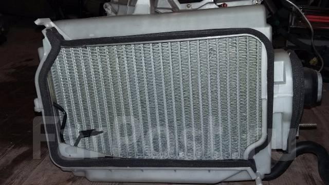 Радиатор отопителя. Honda Legend, KA9 Acura RL Двигатели: C35A1, C35A2, C35A3, C35A4, C35A5