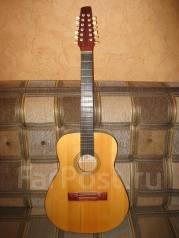 Гитары акустические 12-струнные.