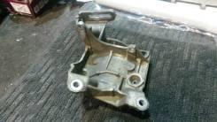Крепление компрессора кондиционера. Toyota Mark II, GX110 Двигатель 1GFE