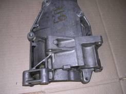 Крепление генератора. Mercedes-Benz E-Class, W124 Двигатель 119
