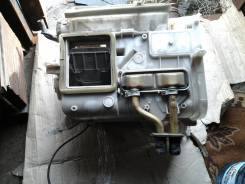 Корпус радиатора печки на Тойото Марино, Церес