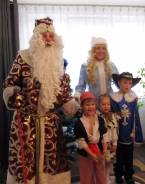 Дед Мороз и Снегурочка на радость детям 0+ фокусы и многое другое