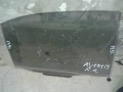 Стекло боковое. Toyota Avensis
