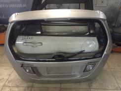 Накладка на дверь багажника. Suzuki Aerio, RB21S Suzuki Every