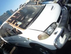 Стекло лобовое. Mitsubishi Delica, PD8W Двигатель 4M40