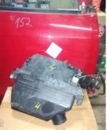 Корпус воздушного фильтра. Toyota Estima, ACR30