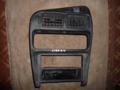 Консоль панели приборов. Mitsubishi Libero, CD5W