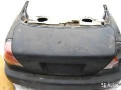 Крышка багажника. Mazda Lantis